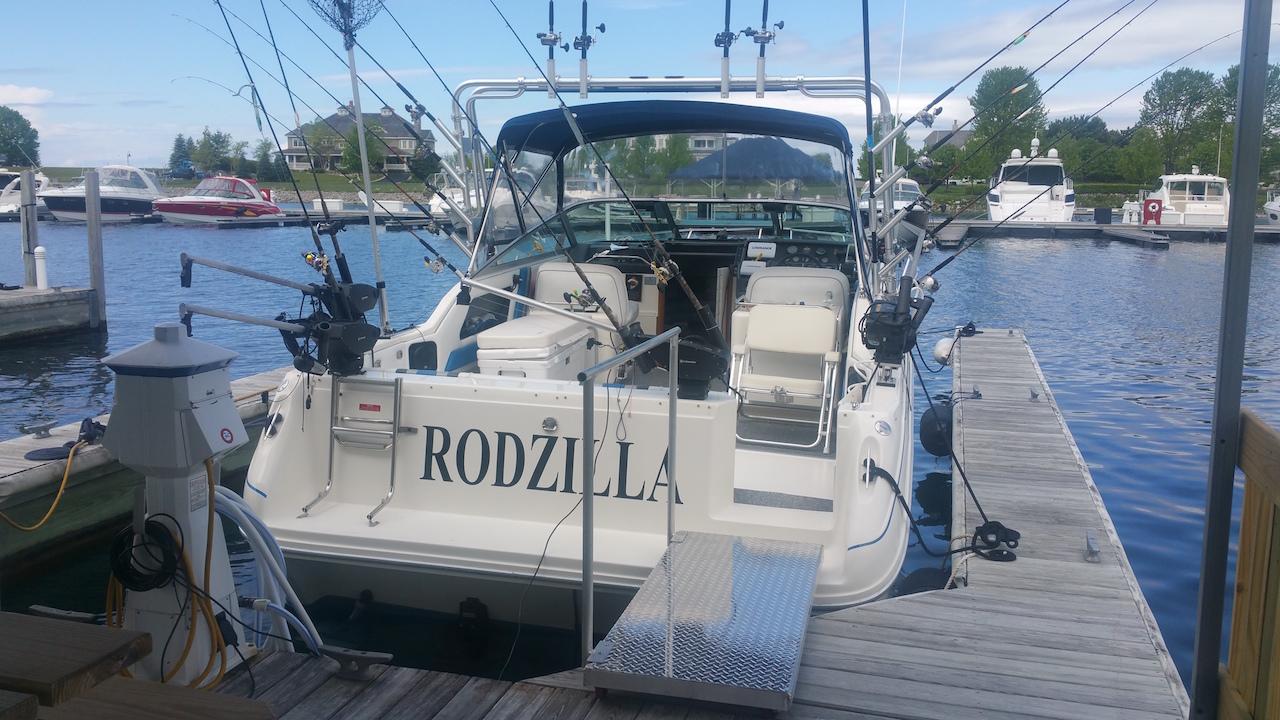 Rodzilla Charters Stern View
